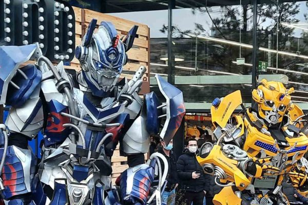 "Lumynight : ""Robots oui !…mais humain aussi!!"""